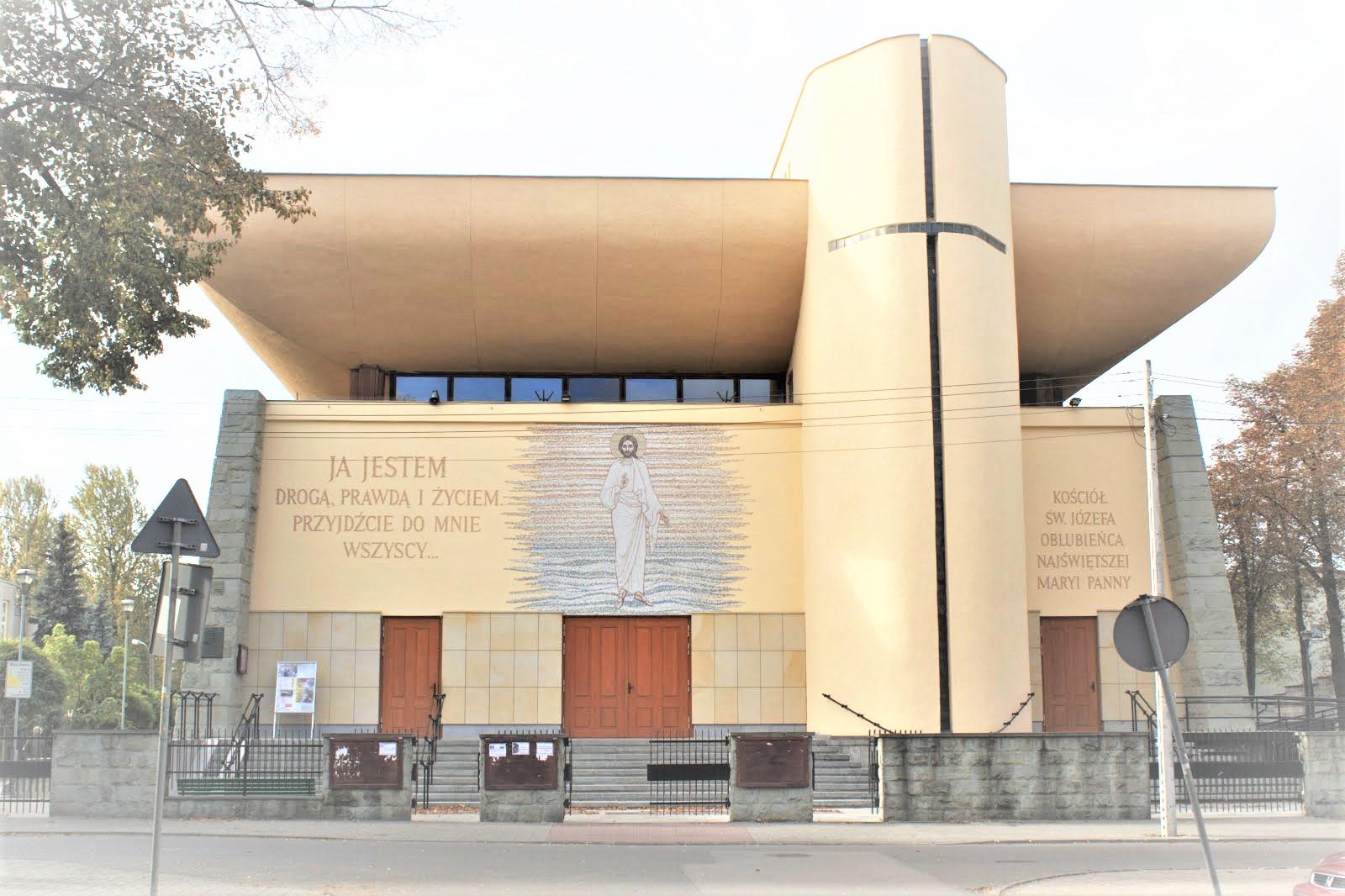ul. Sosnkowskiego 34, 02-495 Warszawa